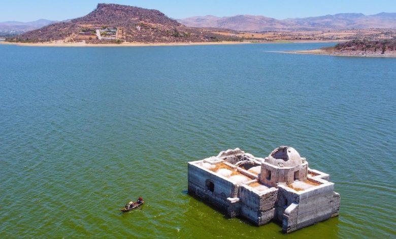 Presa en Guanajuato emerge por sequía