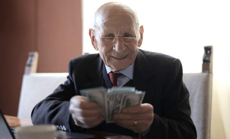 Pensión para adultos mayores, aumenta