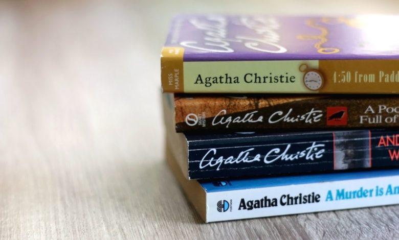 Agatha Christie: 131 años del natalicio de la dama del misterio